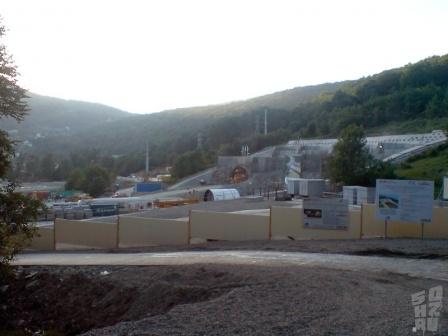 Портал тоннеля в Ахштыре